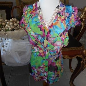 Sunny Leigh flowered button down frilly top